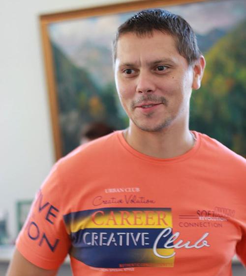 Современный художник Антон Братыкин