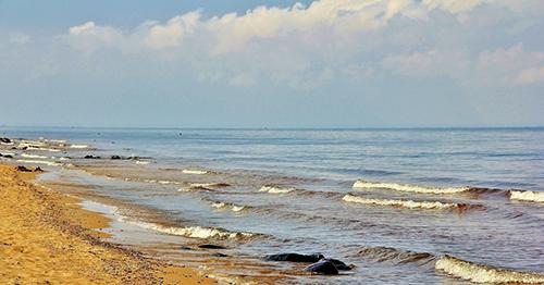 Как нарисовать море, чтобы было слышно шум волны?
